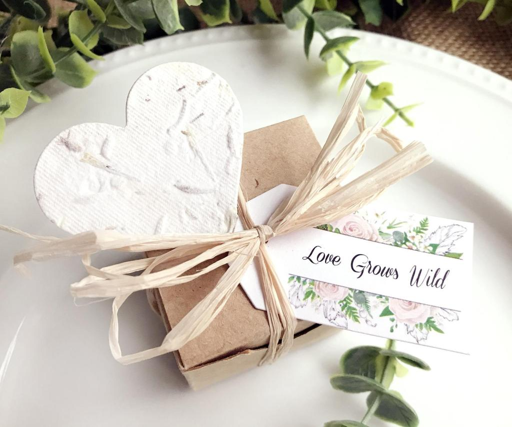 eco-friendly wedding favors seed paper